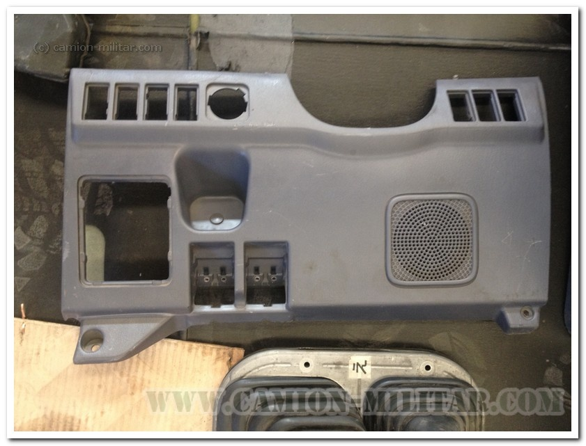 Panel inferior frontal Toyota