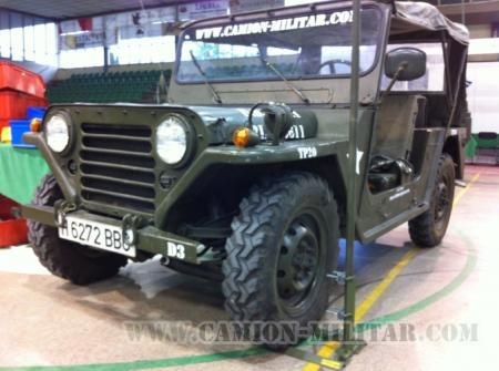 Mutt M151